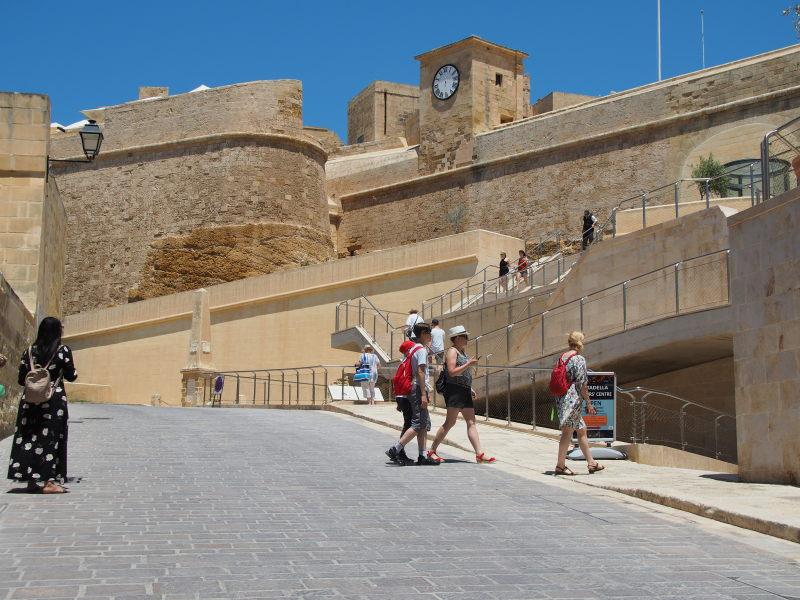 Auf dem Weg zur Burg